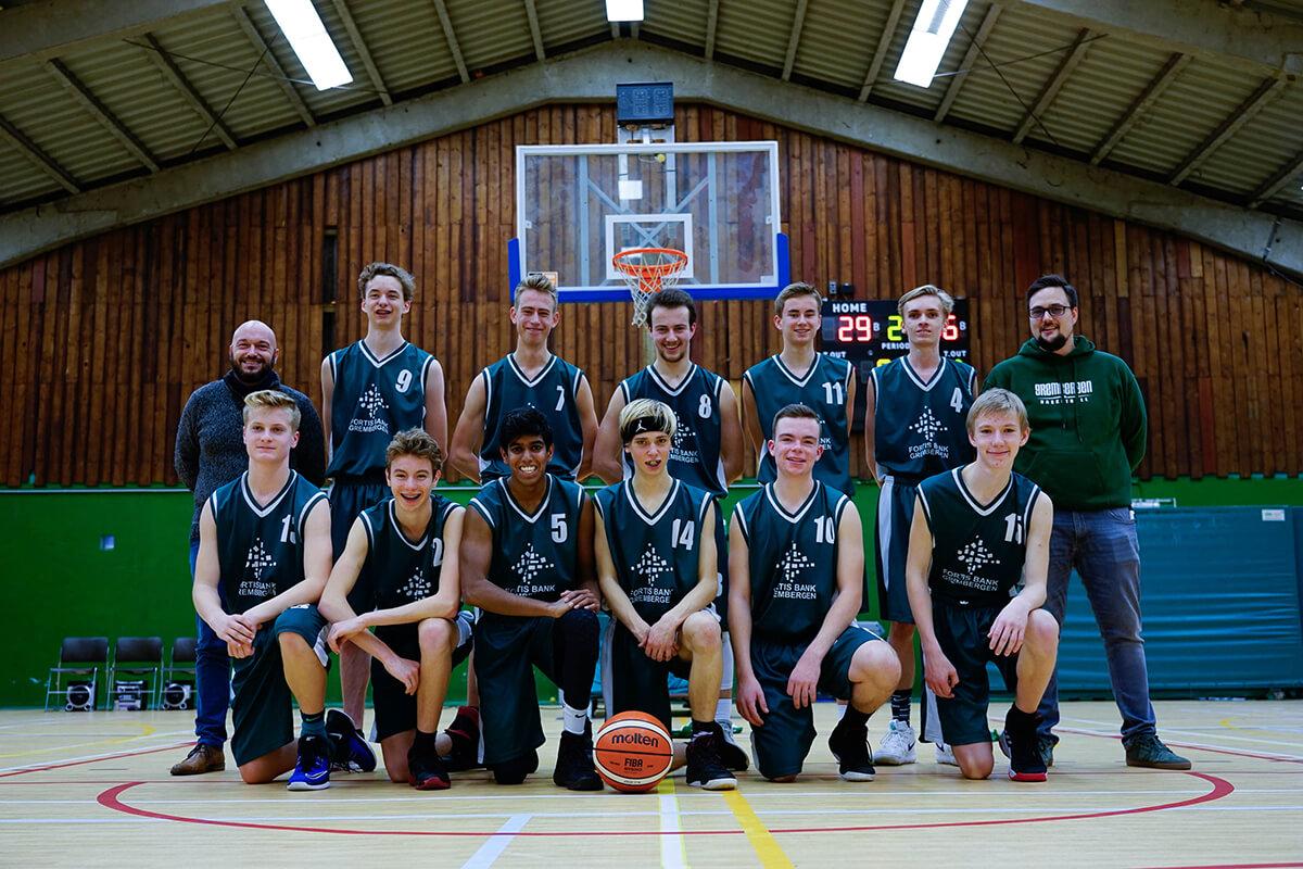 ploegfoto U18 seizoen 2018 - 2019